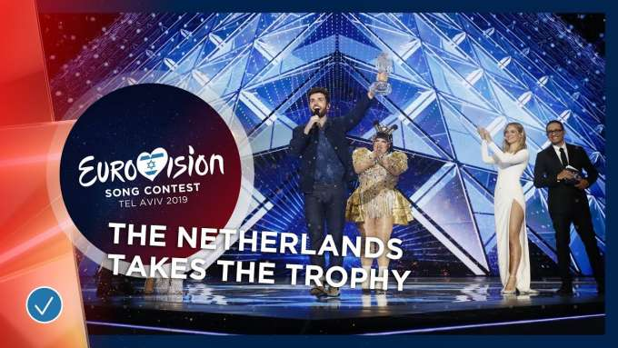 Duncan Laurence takes the Eurovision Trophy! 🇳🇱 - Eurovision 2019